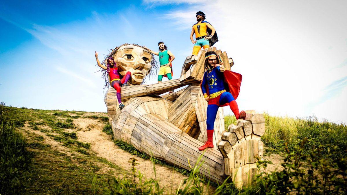 Super Cumbia y la Liga de la Alegría – Fiesta!